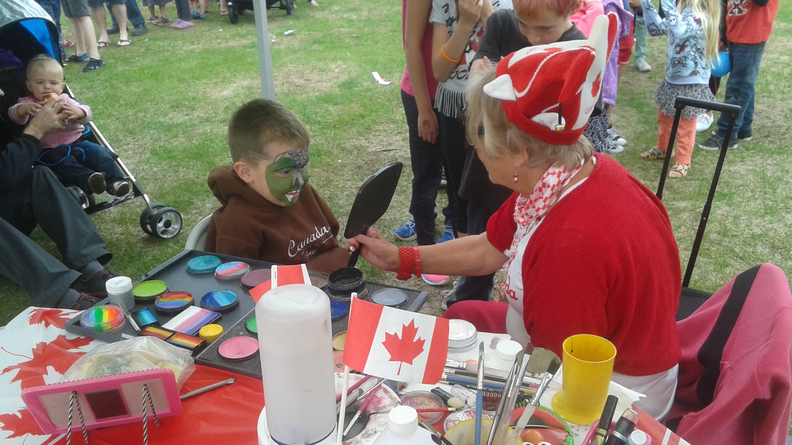 Face-Painting-Canada-Day