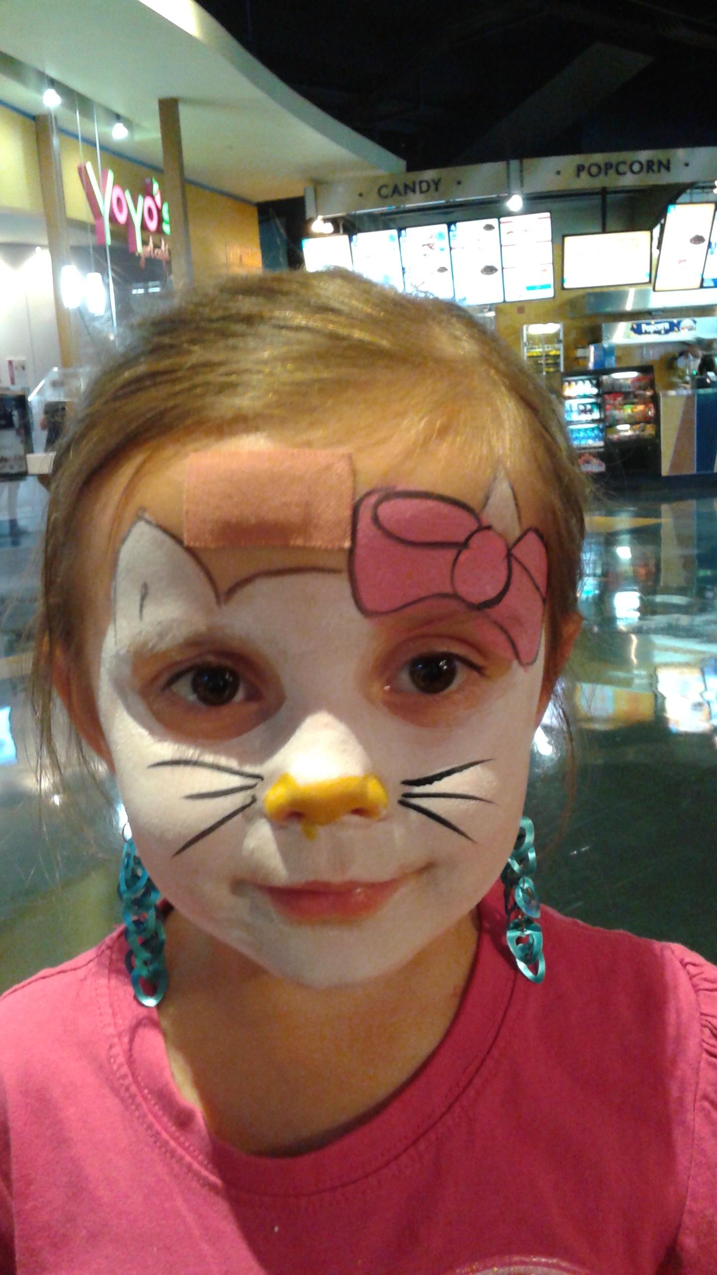 Hello-Kitty-Facepainting